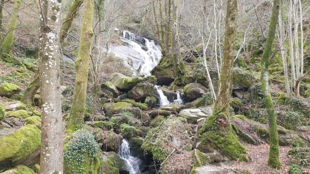 Escoussens : La Blancarié, cascade Mouscaillou
